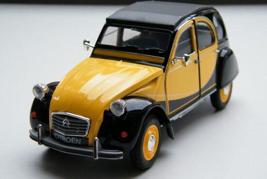 citroen-2cv-modelauto-eend-schaalmodel-rays-autos-amersfoort-1 (5)