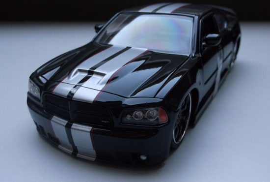 dodge_charger_srt8_rays_autos_modelautos_ (1)