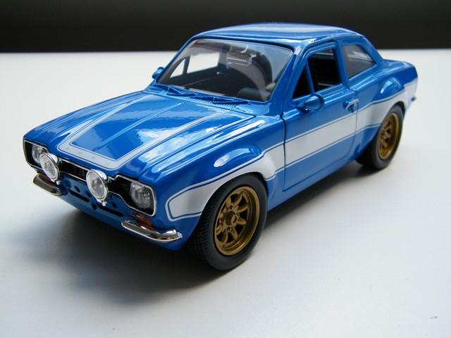 escort_ford_rs2000_fast_furious_modelauto_schaalmodel_124_jada_toys_rays_autos_modelauto_webshop_amersfoort-1 (1)