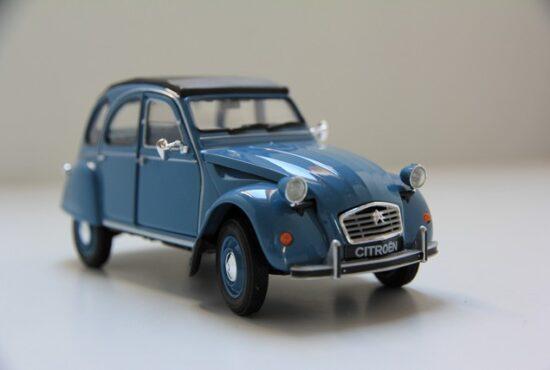 modelauto-citroen-2cv-miniatuur-welly-schaalmodel-rays-autos-amersfoort-eend-1 (1)
