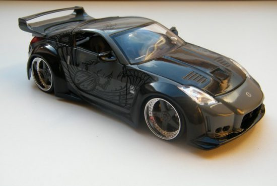 nissan_350z_fast_and_furious_8_modelauto_jada7toys_schaalmodel_rays_autos_1 (1)