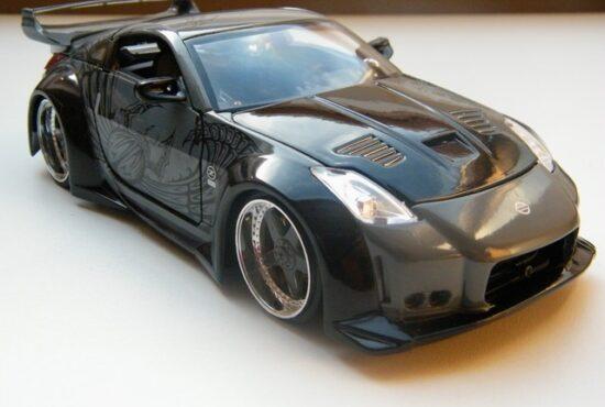nissan_350z_fast_and_furious_8_modelauto_jada7toys_schaalmodel_rays_autos_1 (2)