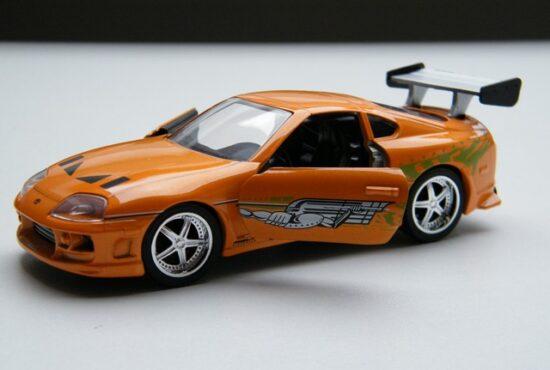 toyota-supra-modelauto-132-fast-furious-schaalmodel-1 (1)